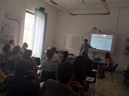 teaching1 teaching2 momentum1. © Florian Foos 2017 d4090e1f99
